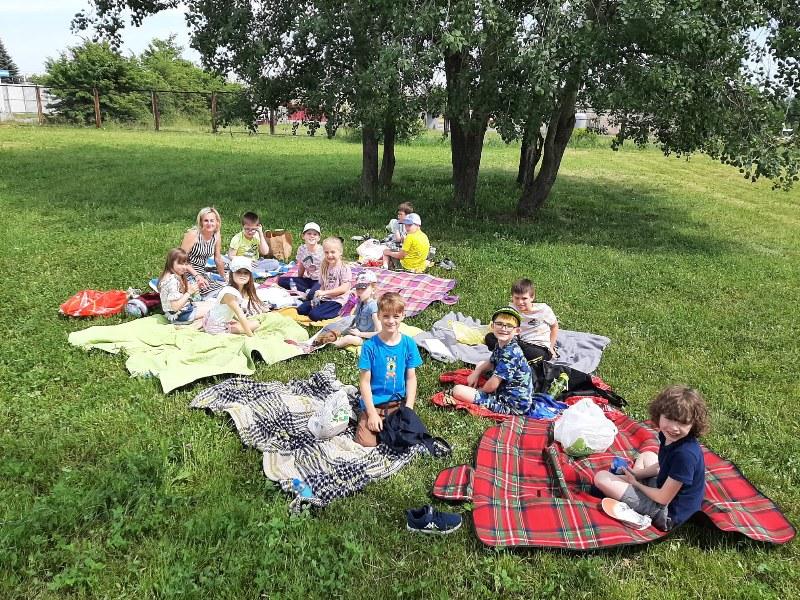Piknik integracyjny w klasie 1b